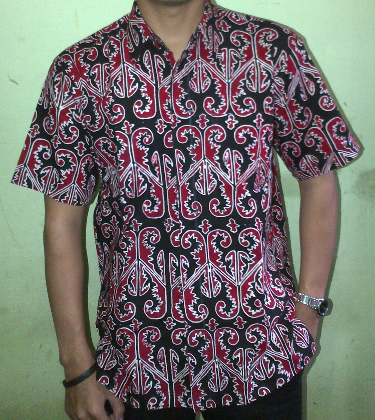 Kemeja Batik Gorga Simeol-meol IDR: 210rb, Bakal: 75rb/m