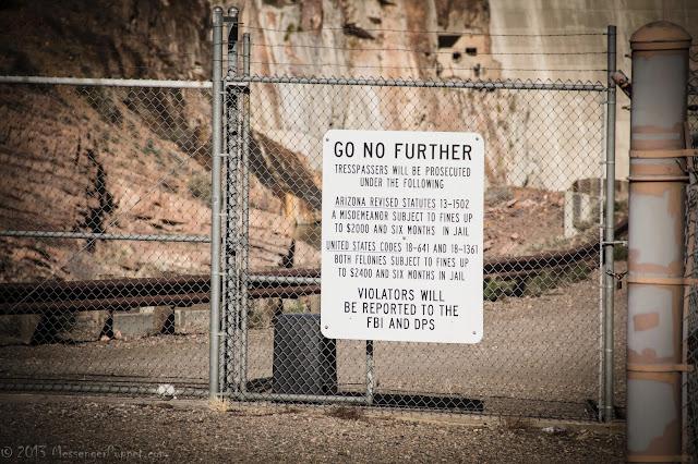 Roosevelt Dam sign