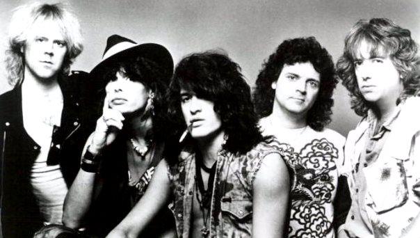 Aerosmith con los integrantes mas jóvenes