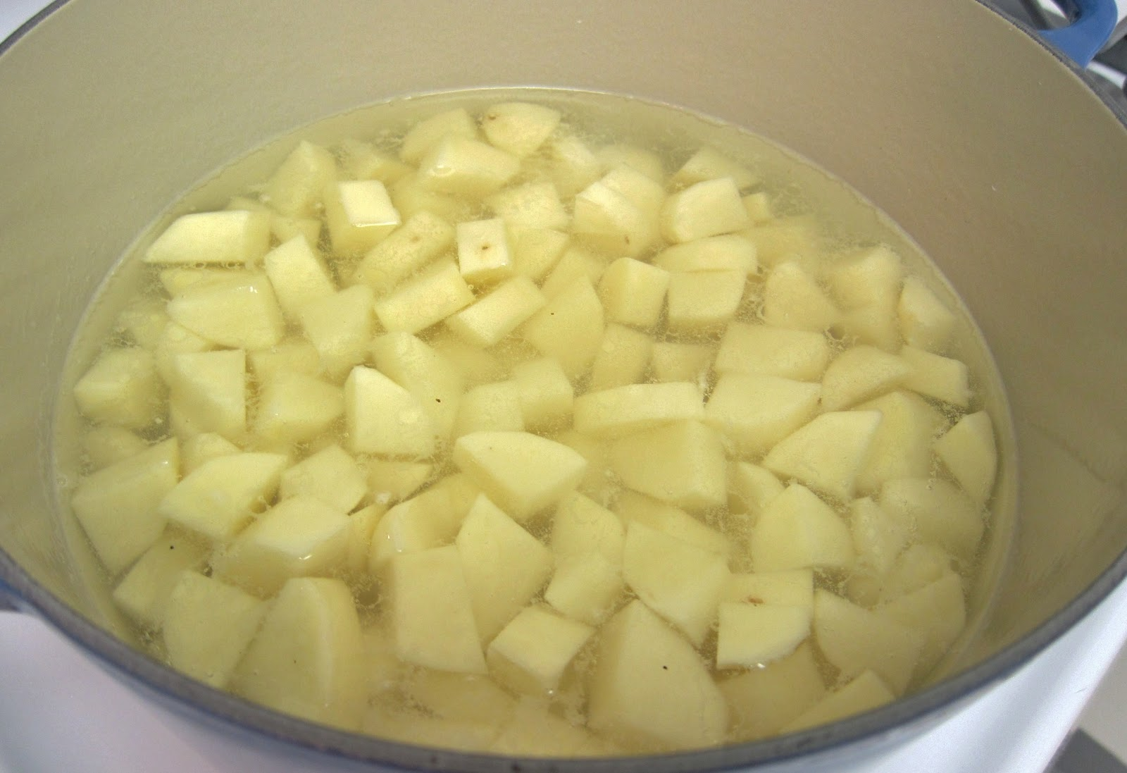 The Vegan Chronicle: Basic Mashed Potatoes