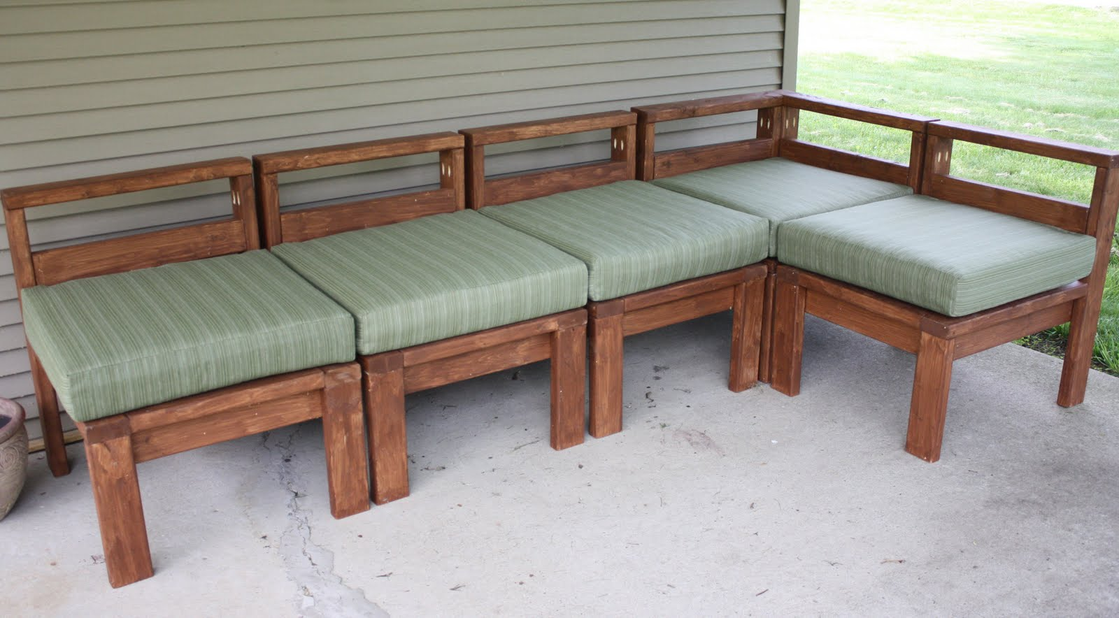 Woodwork diy outdoor sectional pdf plans for Outdoor sofa plans