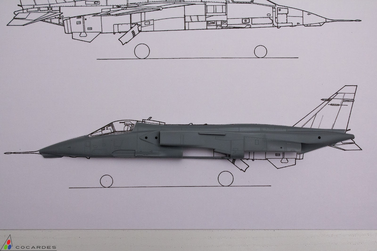 AeroSpirit  maquette miniature SEPECAT Jaguar Royal Air Force XX116 1:72 Corgi