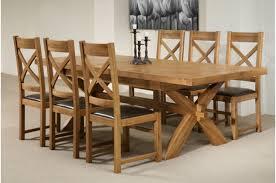 koka galdi ar krēsliem