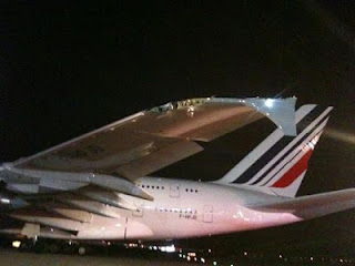 A380+wing+damage.jpg