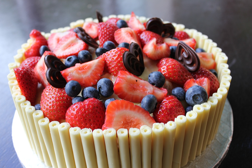 Birthday Cake Fruit Decoration : Lloyd s Kitchen: Orange sponge with white chocolate and ...
