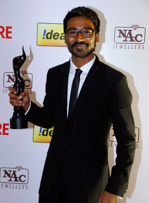 Dhanush at 61st Idea Filmfare Awards 2013 (South)