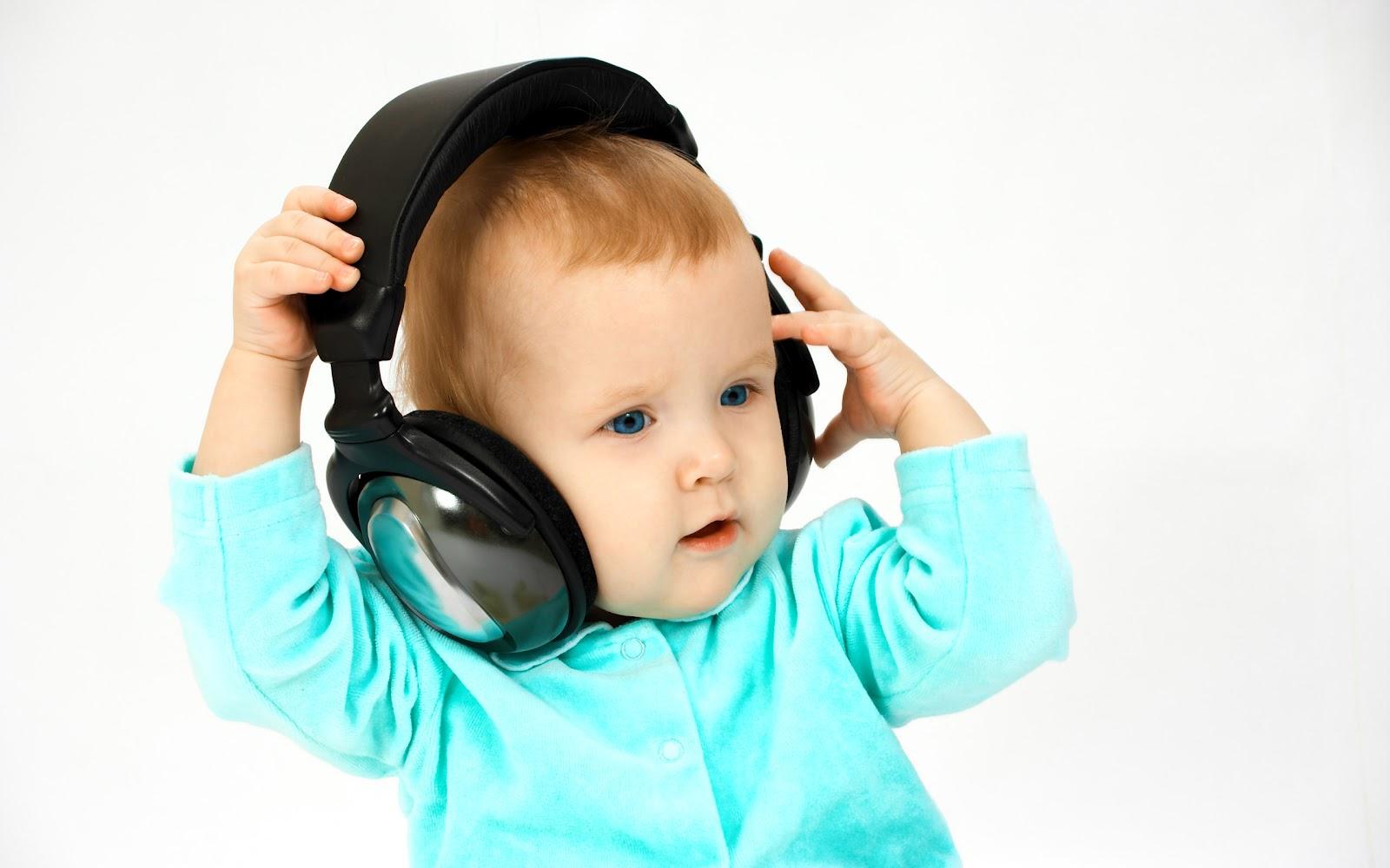 http://2.bp.blogspot.com/-NWG68pqDPnE/T7txd1xt76I/AAAAAAAAAUs/-vOg7KNeSTs/s1600/baby-cute-wallpaper_2560x1600_84394.jpg