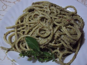 basil pesto with almonds and flax seeds ...........