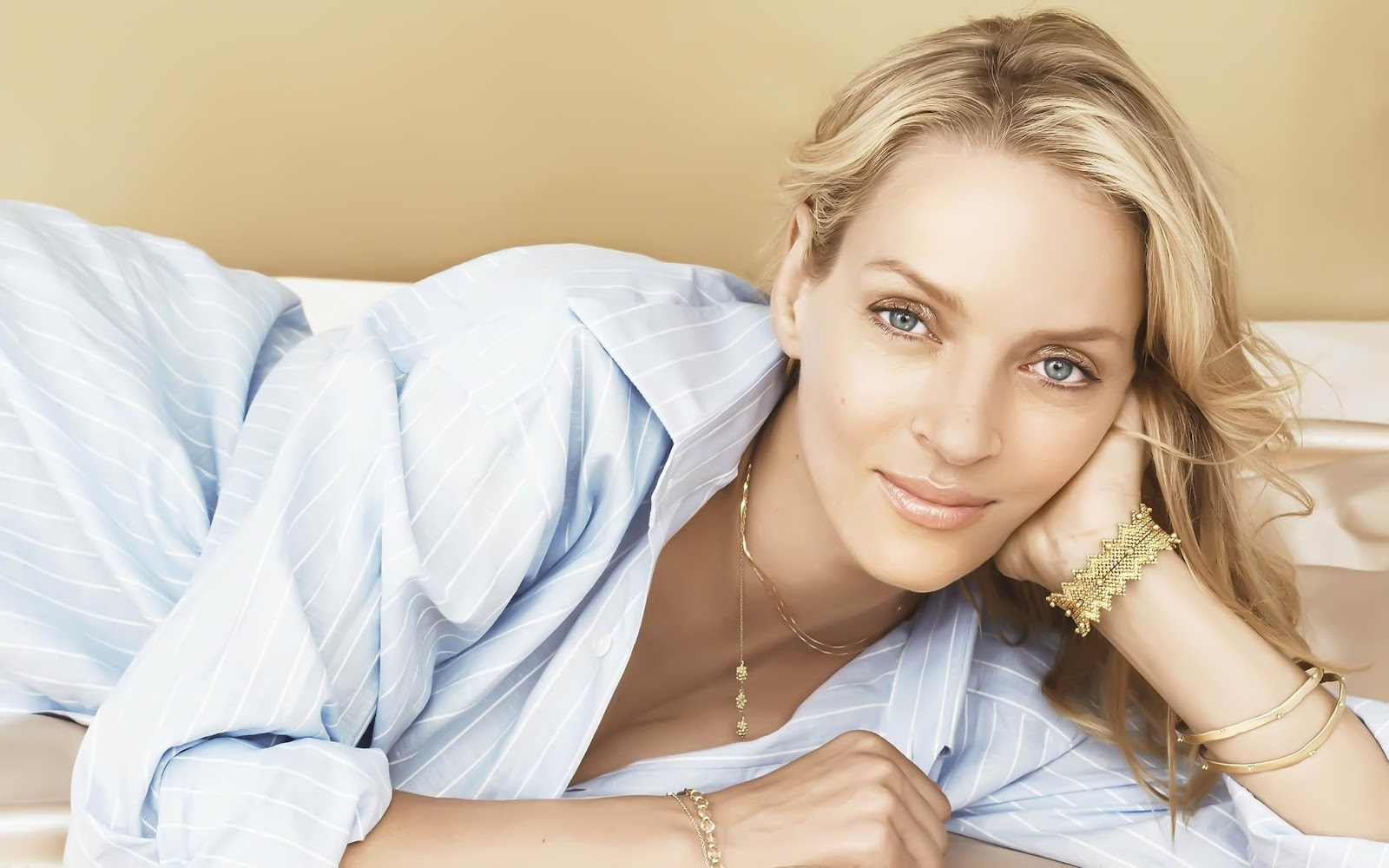 http://2.bp.blogspot.com/-NWV9e-tWW6M/T2NeZsu5dCI/AAAAAAAAJgw/op5xTjCchuA/s1600/Uma+Thurman+hd+Hot+Wallpapers+2012_5.jpg