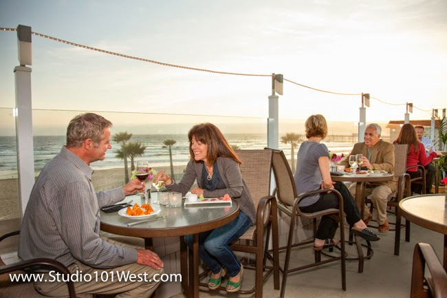 Couple dining at Pismo Beach resturant