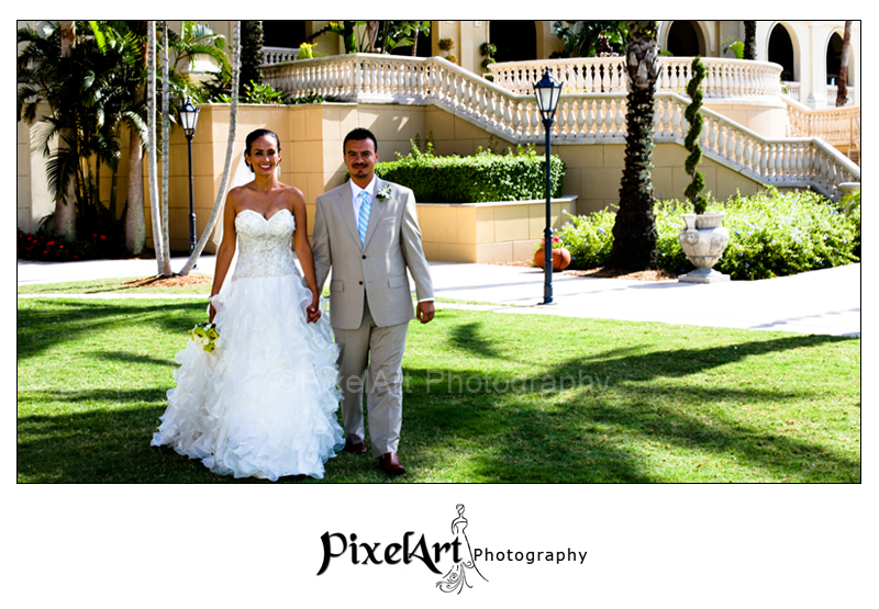 weddings at the ritz carlton - couple on Bay Lawn