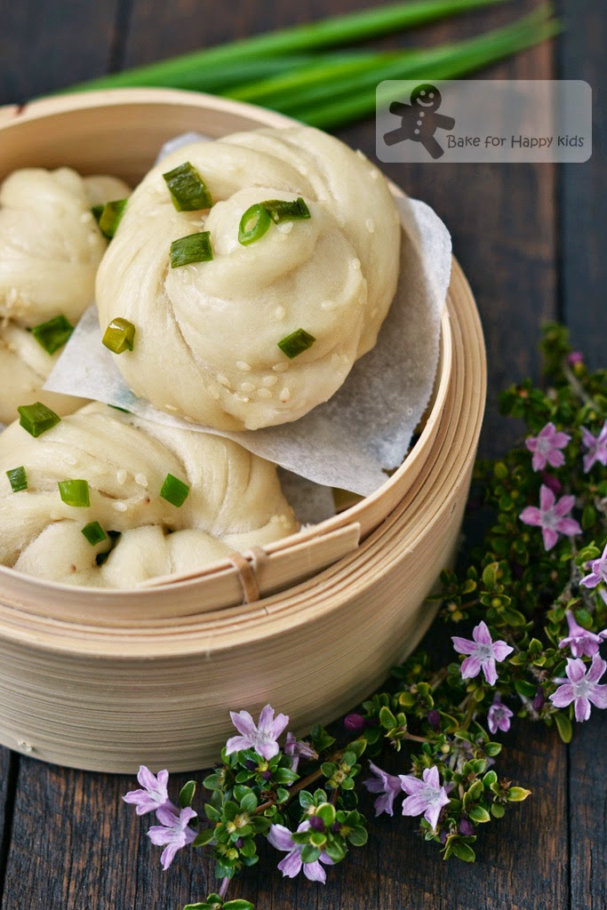 Chinese flower steamed buns bao