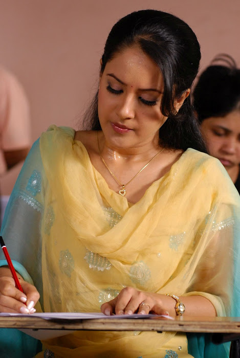 pooja bose in salwar kameez photo gallery