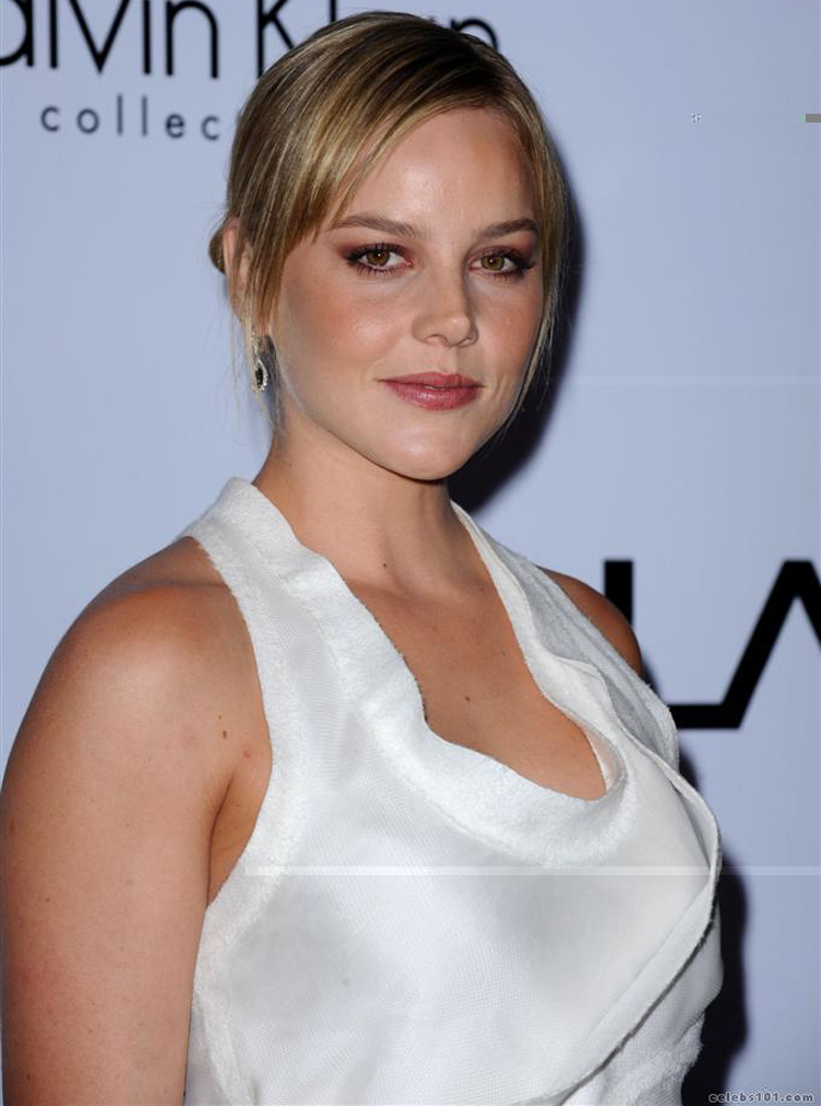 Abbie Cornish Hairstyle 7