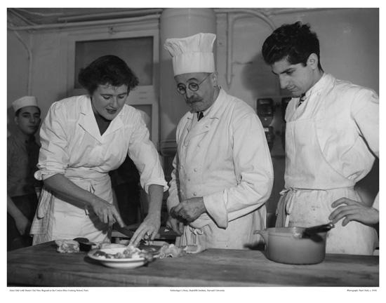 Retro cake le cordon bleu for Julia child cooking school