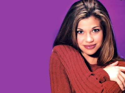 Danielle Fishel HD Wallpaper