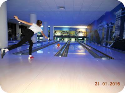 bowling in stil de balet radiofonic