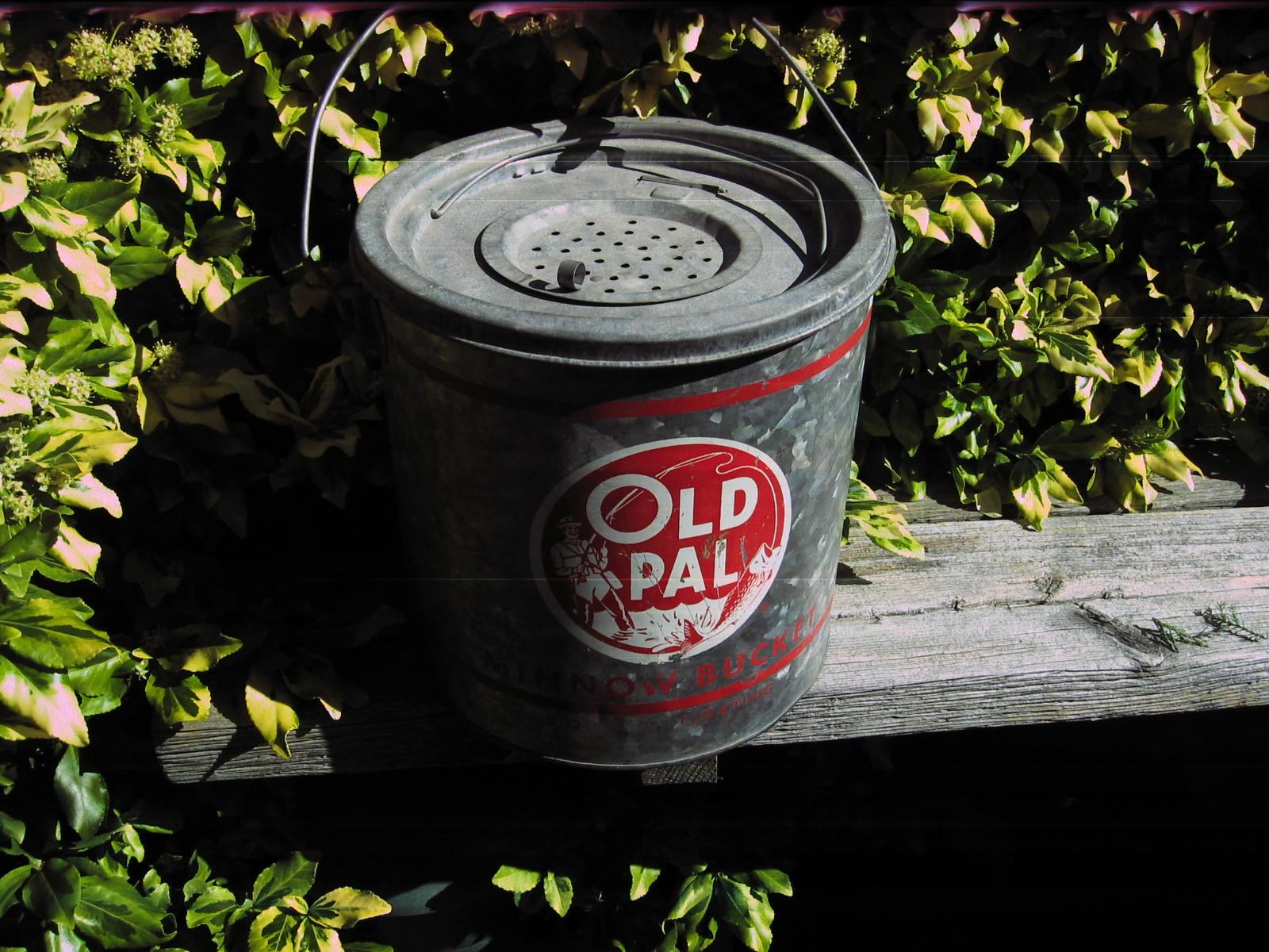 ... 2011- Hazel Atlas dish, Old Pal minnow bucket   Toronto Trashures