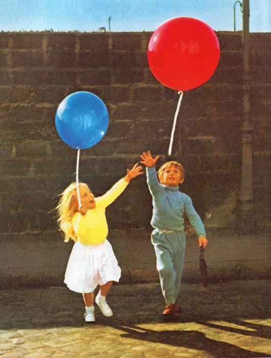 vintage kids 39 books my kid loves the red balloon. Black Bedroom Furniture Sets. Home Design Ideas