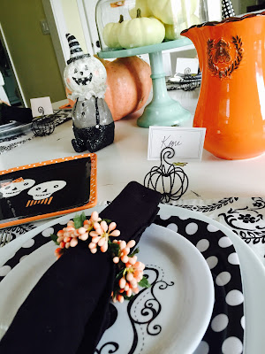Small wire pumpkin place cards, Peach black and white tablescape, The Pioneer Woman cake plate with dome
