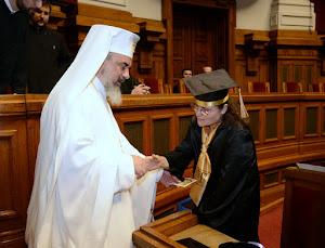 Primind o iconiță și binecuvântări de la Preafericitul Părinte Patriarh Daniel (24.06.2012)