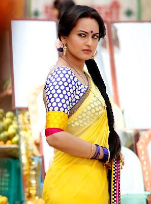 Sonakshi pics from dabangg 2 in saree