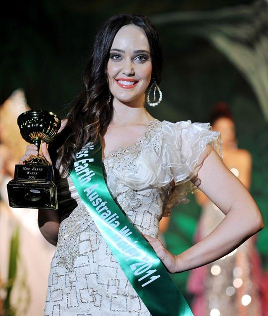 Lorelee Prentice,miss earth australia fire 2011