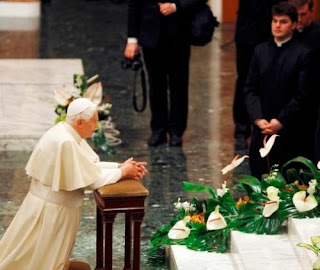 Pontífice de paz que quiere reaviviar la llama de la primacía de Dios