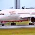 Boeing 787 de Air India pierde el panel del fuselaje en pleno vuelo.
