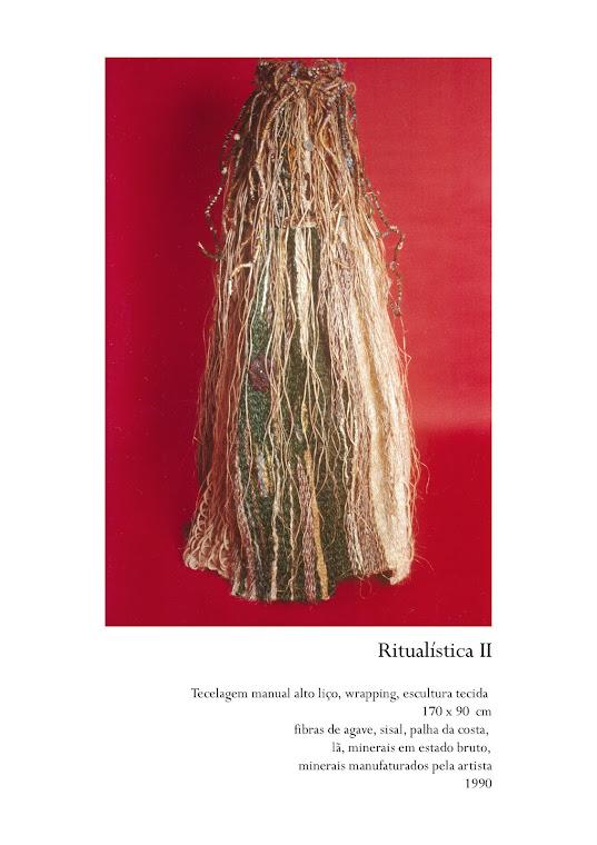MARCOLINI, Delba. Arte da Fibra: Escultura Têxtil, década de 1990. Foto: Emídio Luisi.
