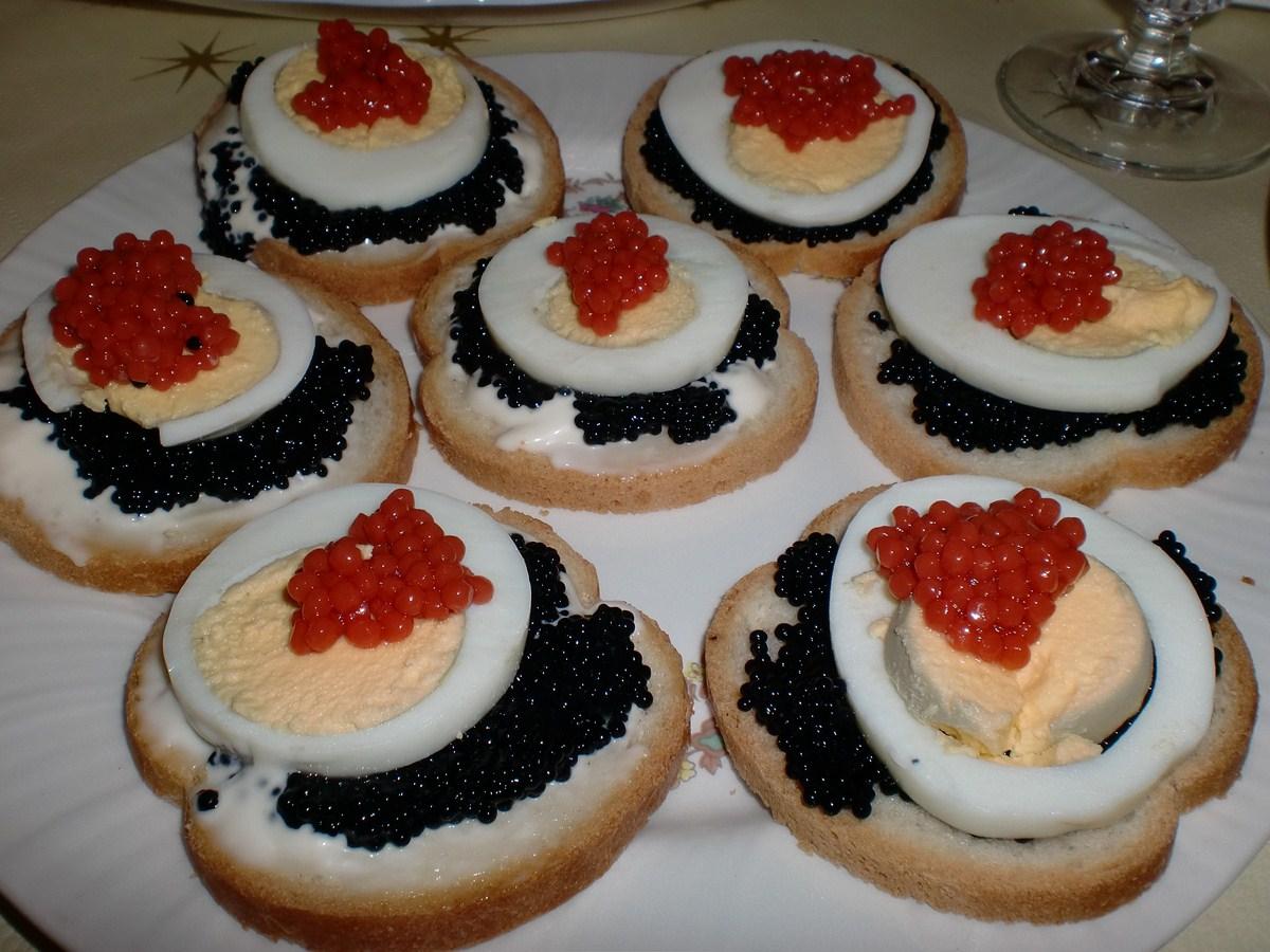 Cocinando en mi casa canap s de caviar y huevas for Canape de caviar