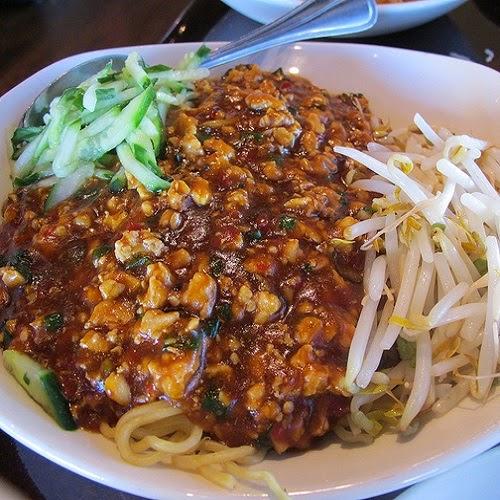 http://secretcopycatrestaurantrecipes.com/p-f-changs-dan-dan-noodles-recipe/