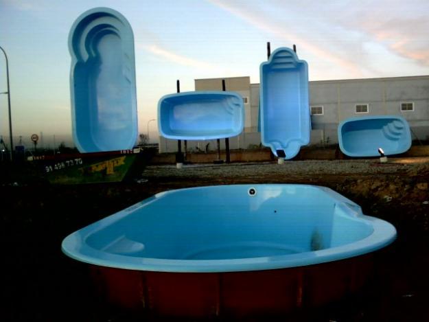 Como instalar piscinas prefabricadas aprender hacer for Piscinas de poliester economicas