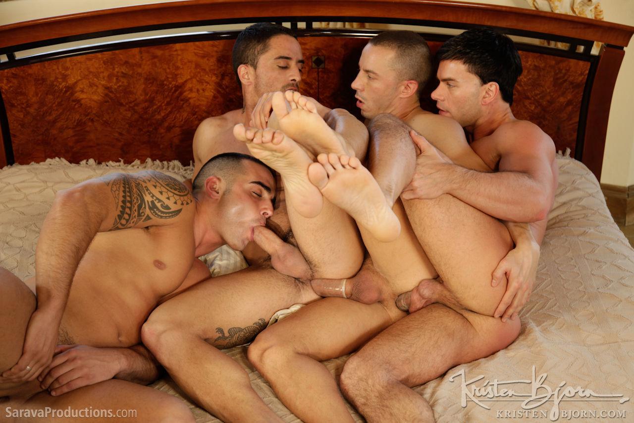 Паровозики с геями