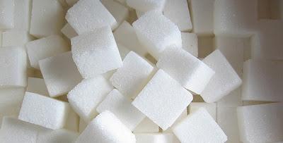 El azúcar en la sangre provoca diabetes