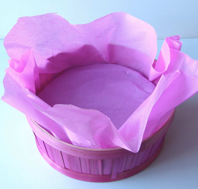 Colocar el papel cubriendo la esponja