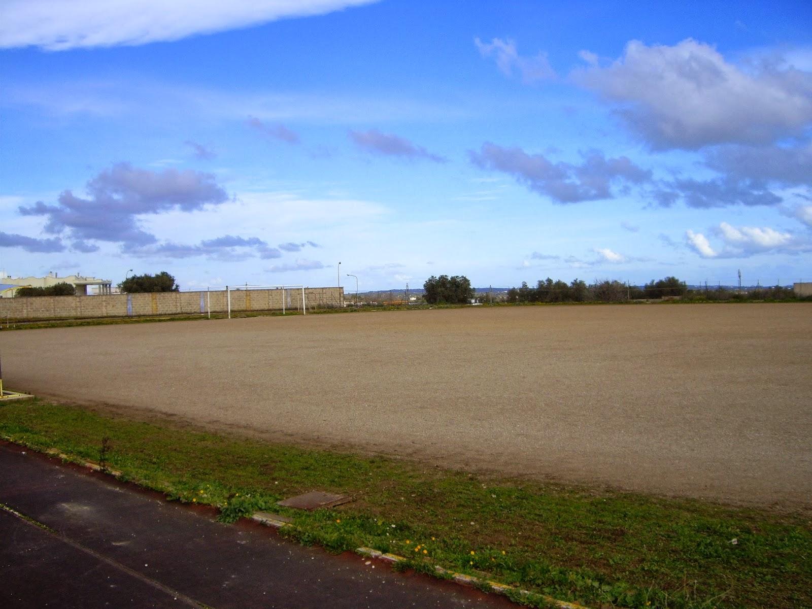 Cronache e cronachette di ceglie messapica nuovo campo for Campo sportivo seminterrato