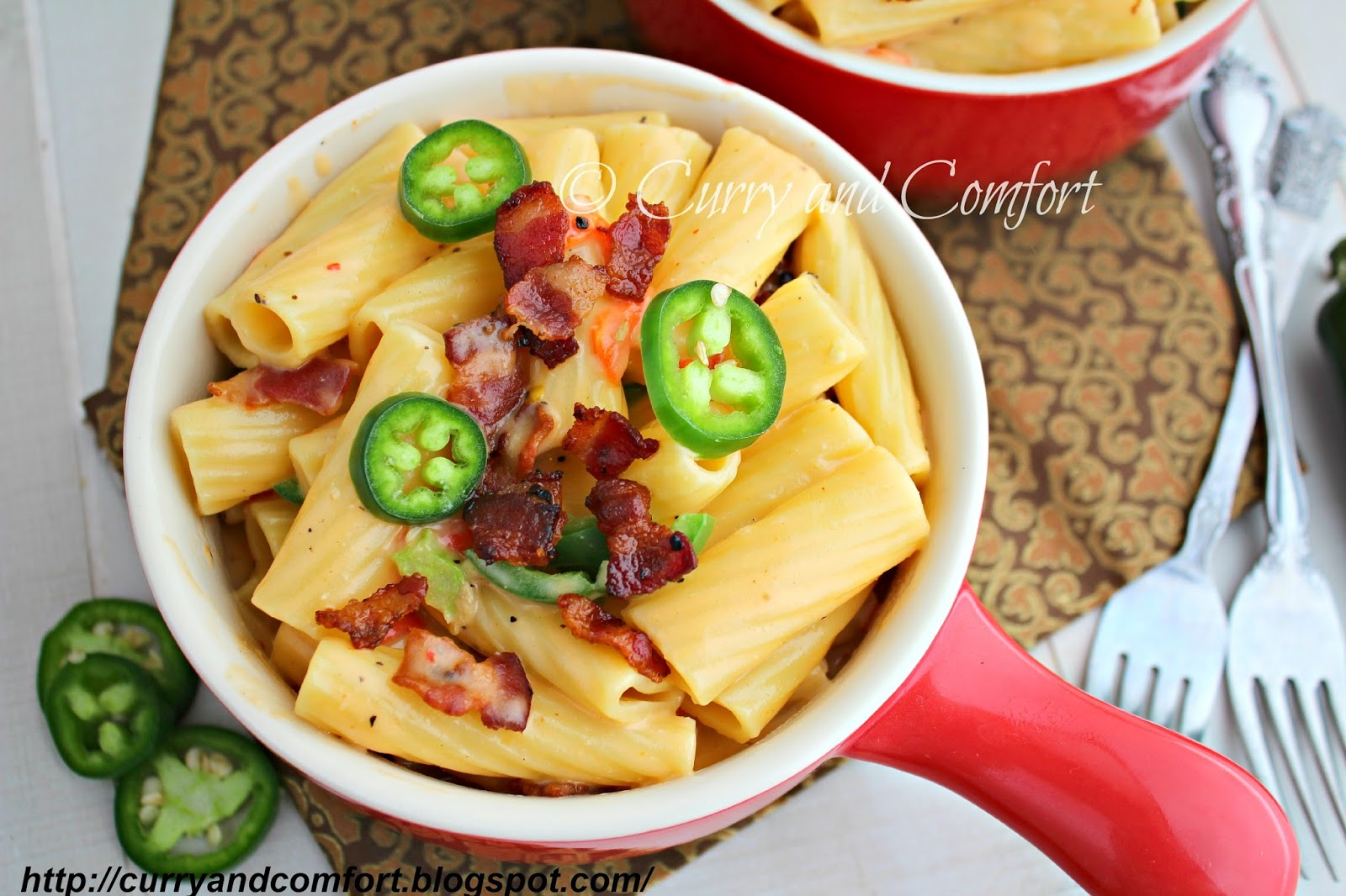 Curry and Comfort: Jalapeno Pimento Mac and Cheese with Bacon