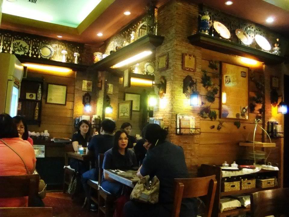 Cafe Mary Grace Trinoma