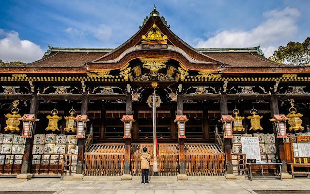 Dazaifu Tenman-gu Shrine,vé máy bay đi fukuoka, vé máy bay đi nhật bản