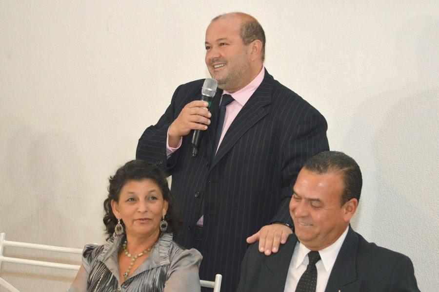 Presente à festa, o vice-prefeito Márcio Catão elogiou e parabenizou os agraciados