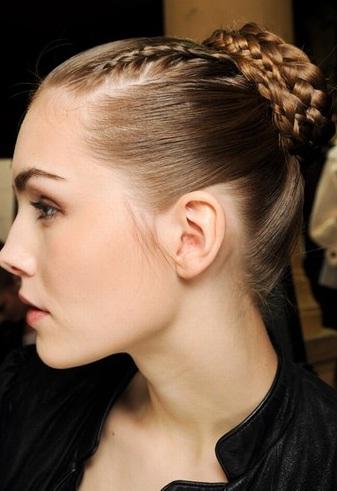 trenzas en rodetes peinados 2013