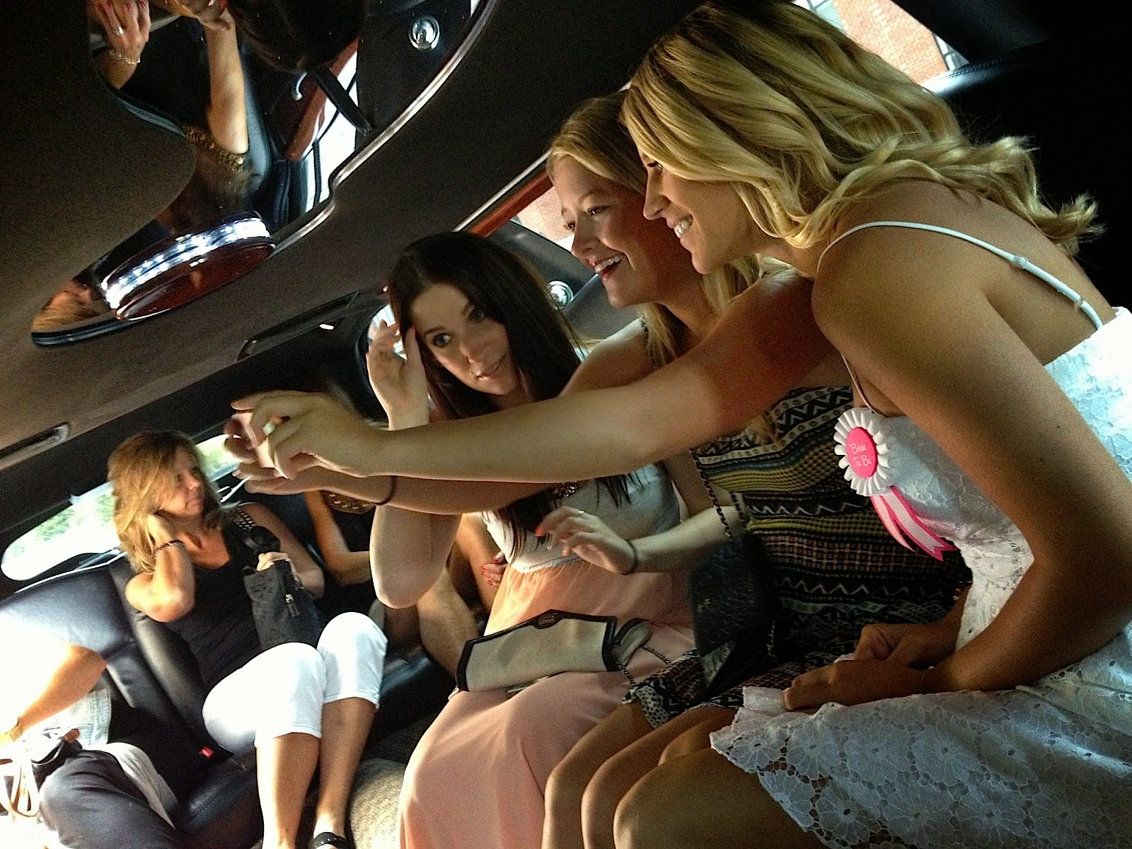 Minneapolis bachelorette party limo ride