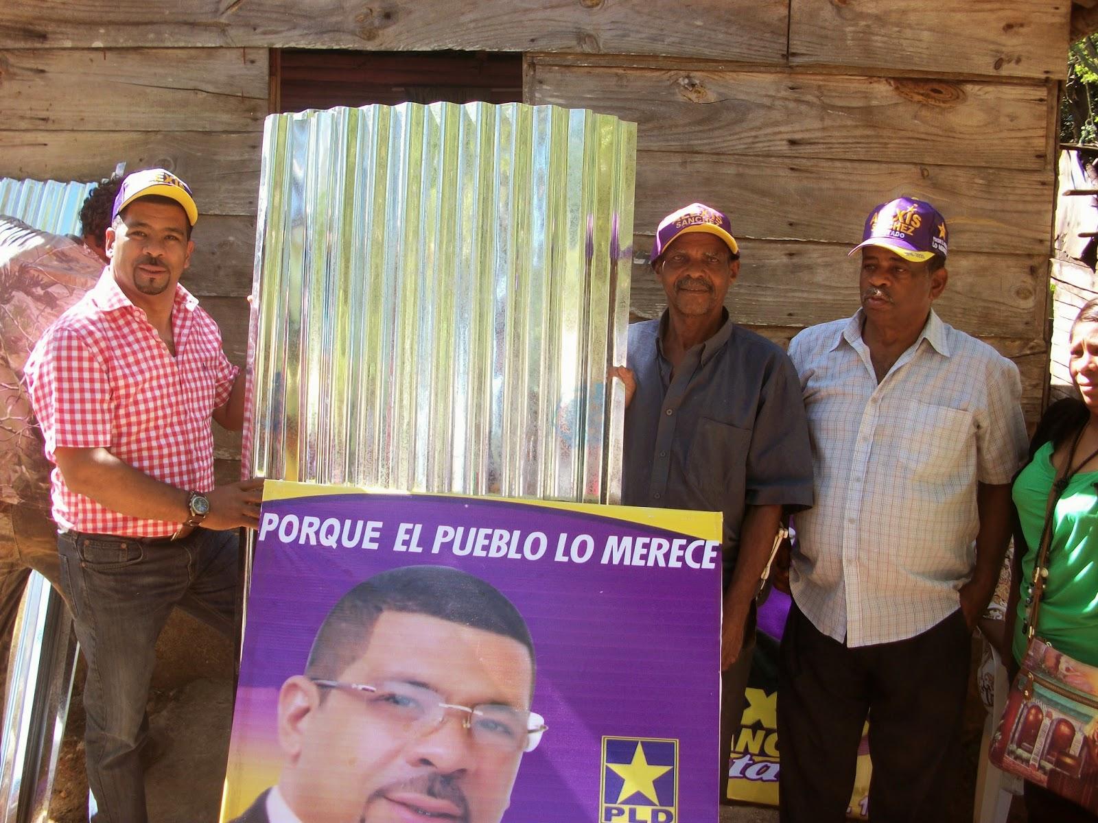 Alexis Sánchez dona materiales de construcción para mejorar sus viviendas  y colchones a moradores de Valentín en SC