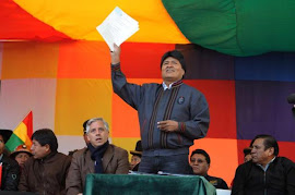 Bolívia expulsa agência dos EUA