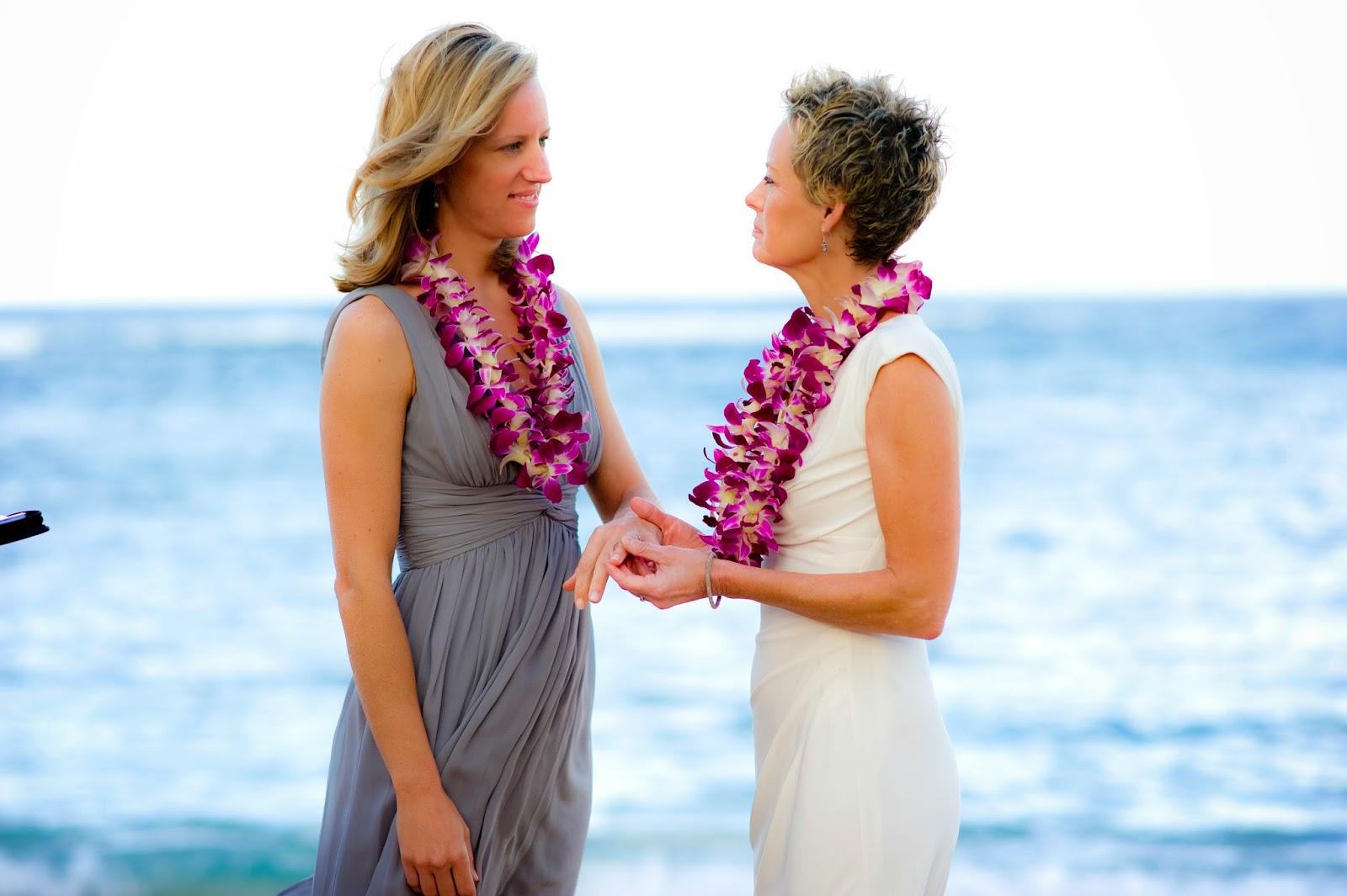 lgbt weddings hawaii, maui gay weddings planner, maui gay wedding photogrpahers