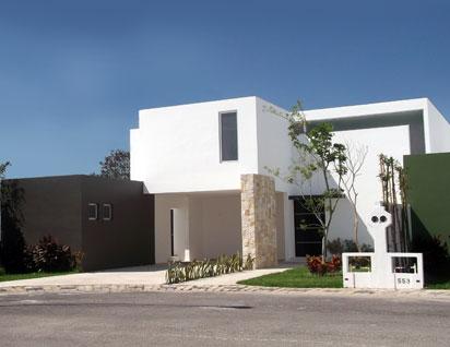 Fachadas minimalistas casa minimalista en residencial for Frentes de casas minimalistas
