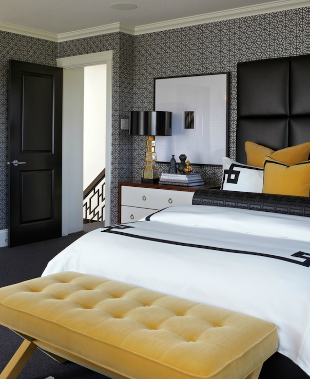 Black White And A Little Pop Of Yellow 10 Fabulous Rooms Cozy Stylish Chic