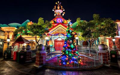 Pinito de navidad con luces de colores