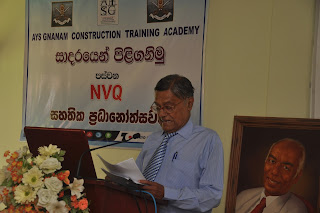 Mr. Mouly Gunaratne, Consultant Engineer of Tokyo Cement Company (Lanka) PLC addressing the gathering